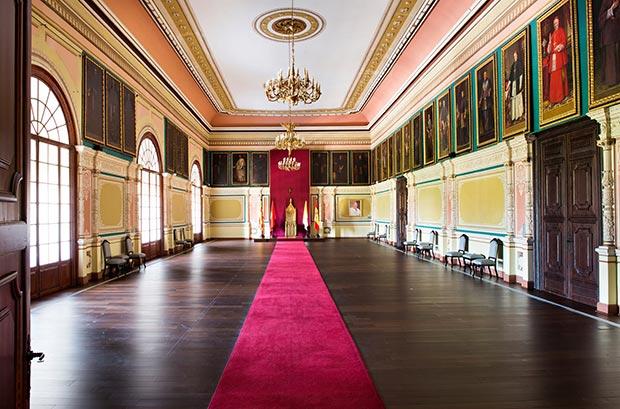 ¿Sabías que durante la guerra de los Sitios,el general Palafox ,estableció su cuartel general en el palacio arzobispal, donde ahora se sitúa el museo Alma Mater?.