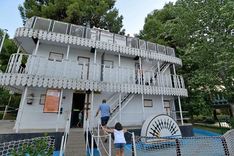 el missisipi parque atracciones zaragoza