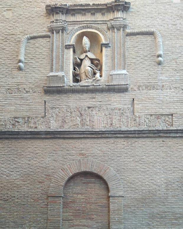 fachadas iglesia san gil abad zaragoza