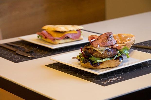 hamburguesas bocadillos de autor mott plaza san francisco