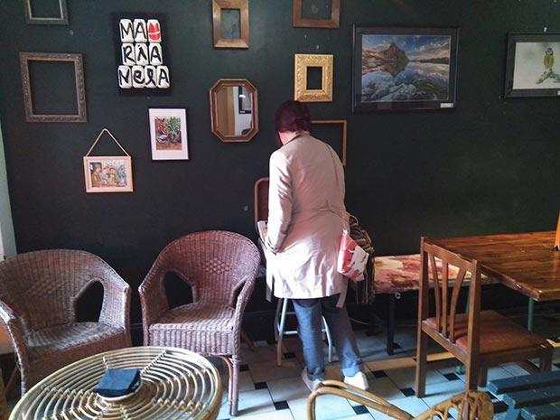 Espacio expositivo del café Marianela