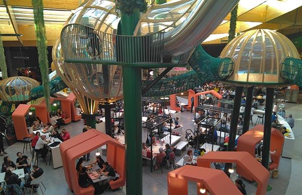 zona infantil en el centro comercial gran casa