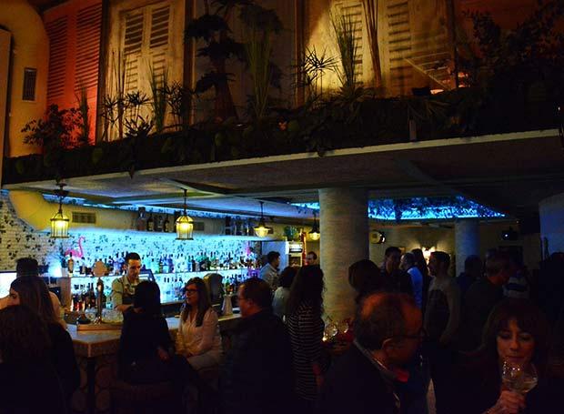 Coconut Coctelería Plaza de los Sitios