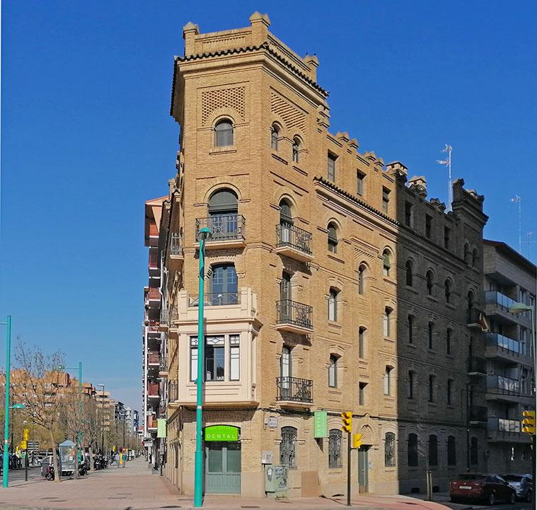 Casa Servera el Flatiron zaragozano en la Avenida de Cataluña