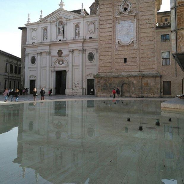 Exterior de La Catedral de San Salvador o La Seo