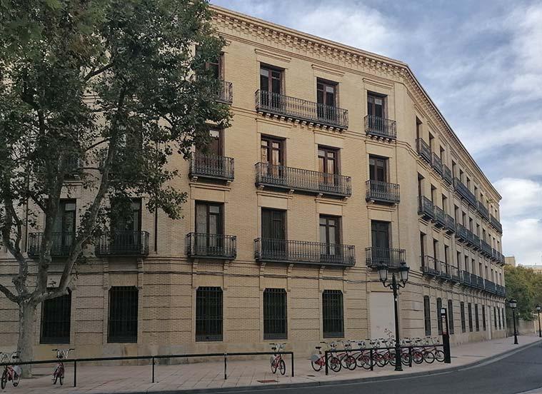 Edificio de viviendas del antiguo Cuartel Sangenis