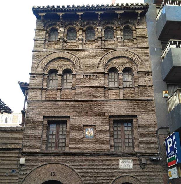 Casa de Juan Moneva y Puyol