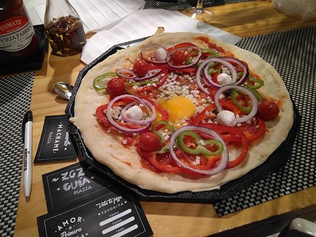 Pizza en Restaurante Piazza
