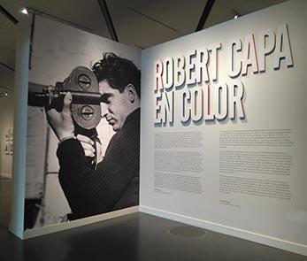 CaixaForum Zaragoza acoge el Robert Capa más sorprendente, a todo color