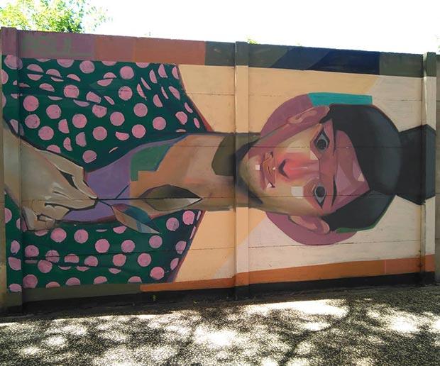 Mural de la iniciativa Galería Urbana en la calle Luis Royo Villanova