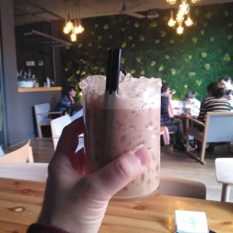 Café con Baileys en el Ginger Fizz Bar