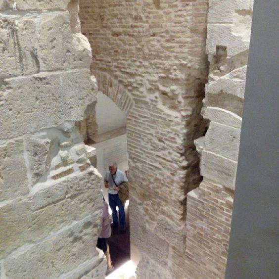 Muros medievales y renacentistas del Palacio Arzobispal