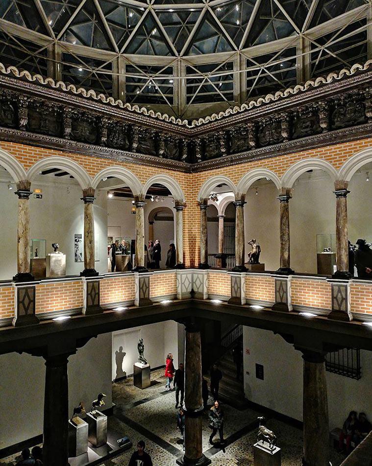 Patio interior del Museo Pablo Gargallo