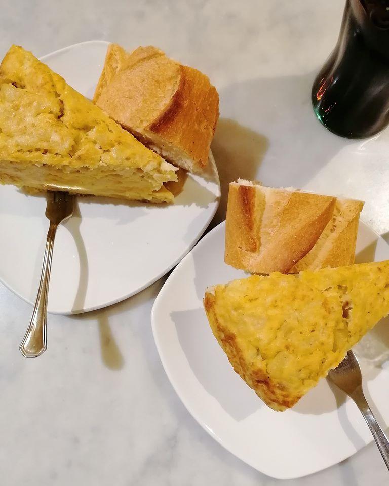 Pincho de tortilla en el Café Levante de Zaragoza