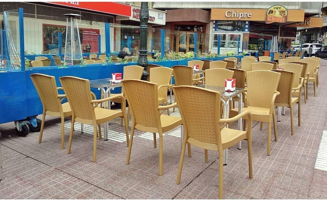 terraza del café chipre