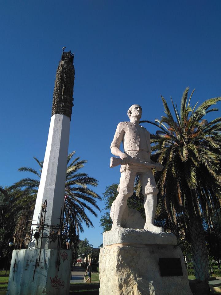 Monumento al Tío Jorge de Ángel Orensanz