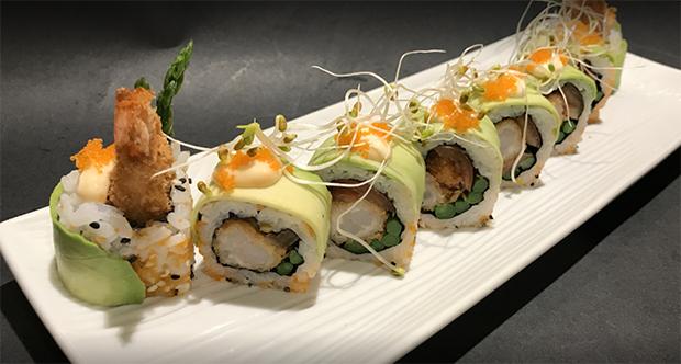sushi en el restaurante ohisii