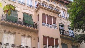 Edificio de viviendas en la calle Almagro nº 5