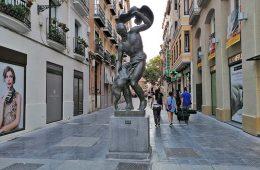 Escultura El Pastor del Águila de Pablo Gargallo de Zaragoza