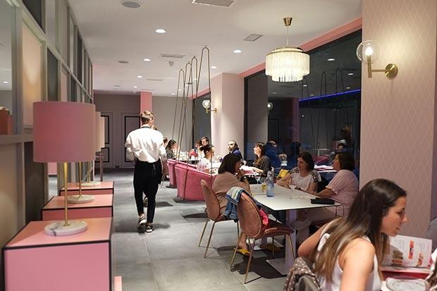 Interior del restaurante Miss Sushi Gomez Laguna de Zaragoza