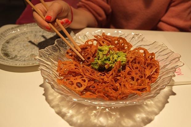 plato entrante japones en el restaurante miss sushi