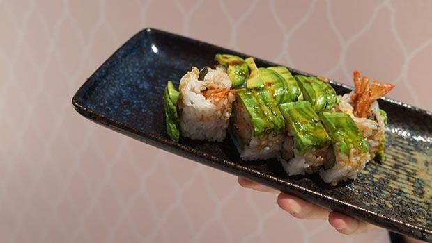 sushi en el restaurante miss sushi coso zaragoza