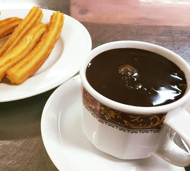 Chocolatería Lalmolda chocolates y churros en zaragoza