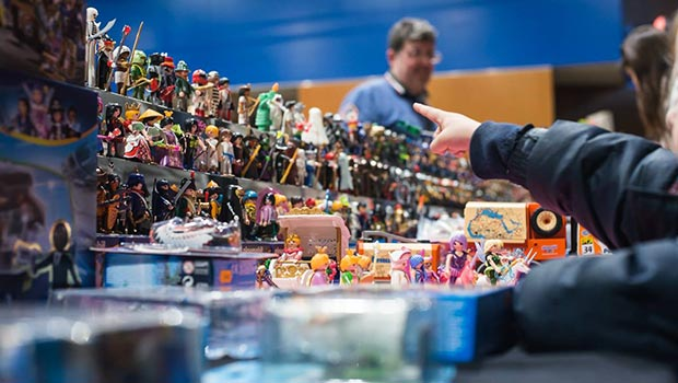 Clicks de Famobil o Playmobil en Juguetear, la Feria de juguetes antiguos, de colección, miniaturismo y tebeos