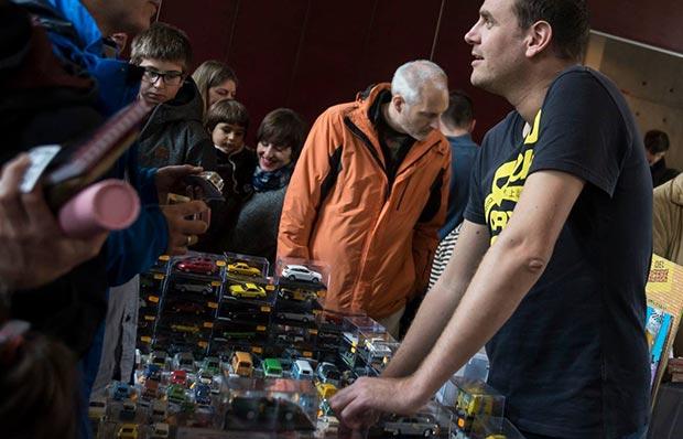 Vuelve Juguetear, la feria del juguete colección de Zaragoza