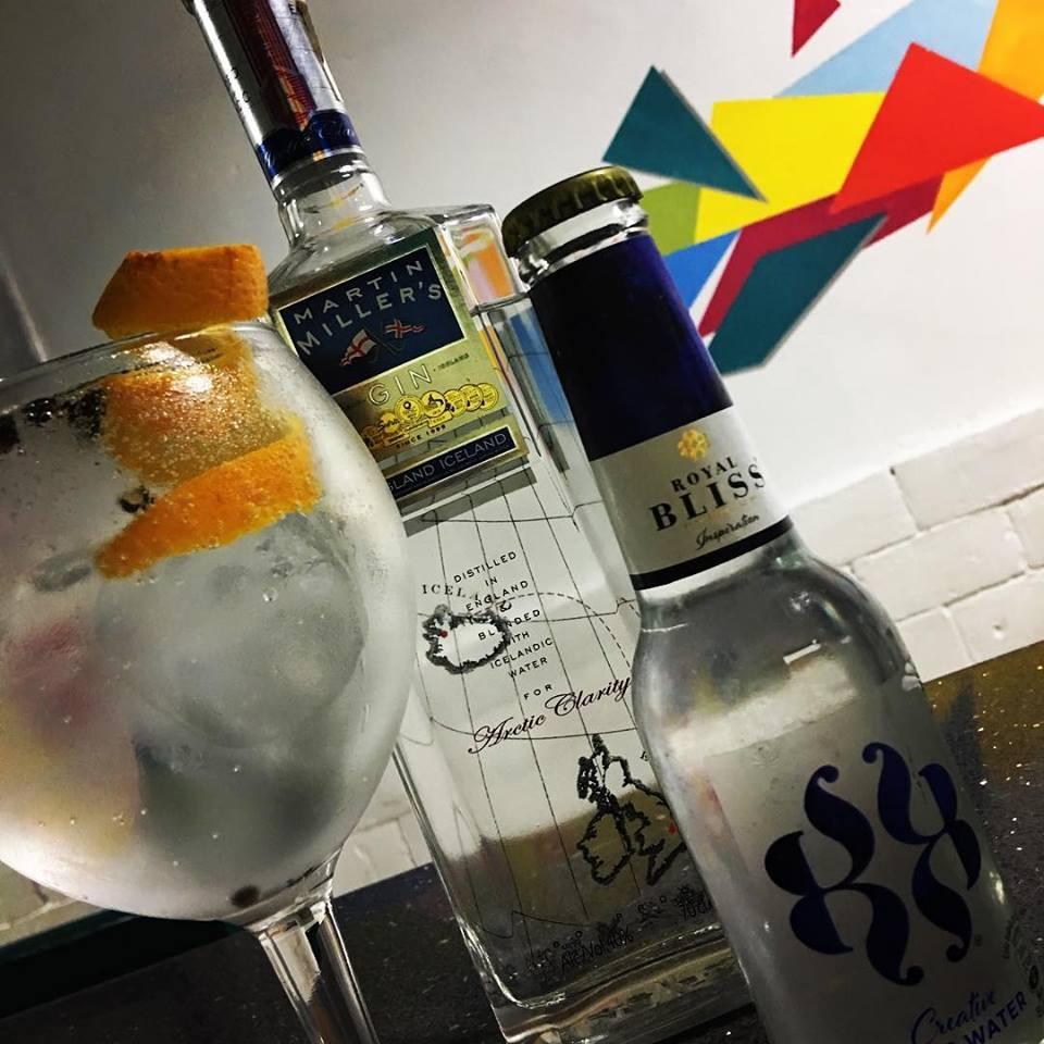 Koalalumpur Zaragoza gin tonic