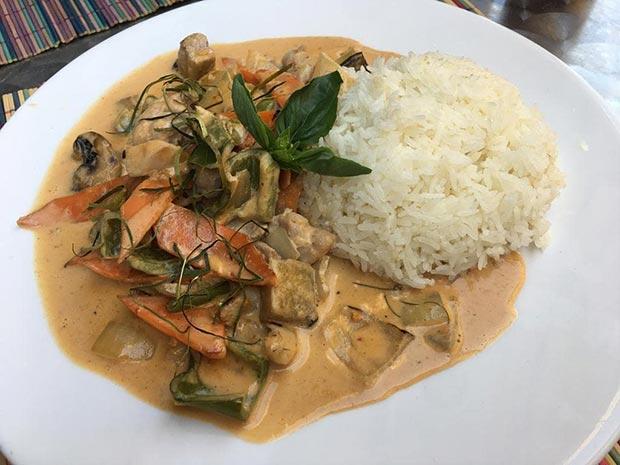 Sawadika Restaurante Tailandes plato del dia