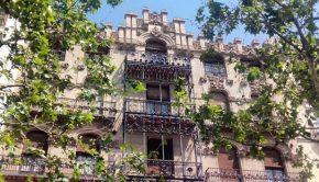 Vista de la Casa Juncosa desde el Paseo Sagasta de Zaragoza