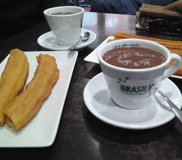 Porras en la Churrería Chocolatería Satur de Zaragoza