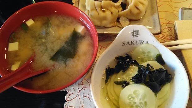 entrantes restaurante sakura calle alfonso zaragoza