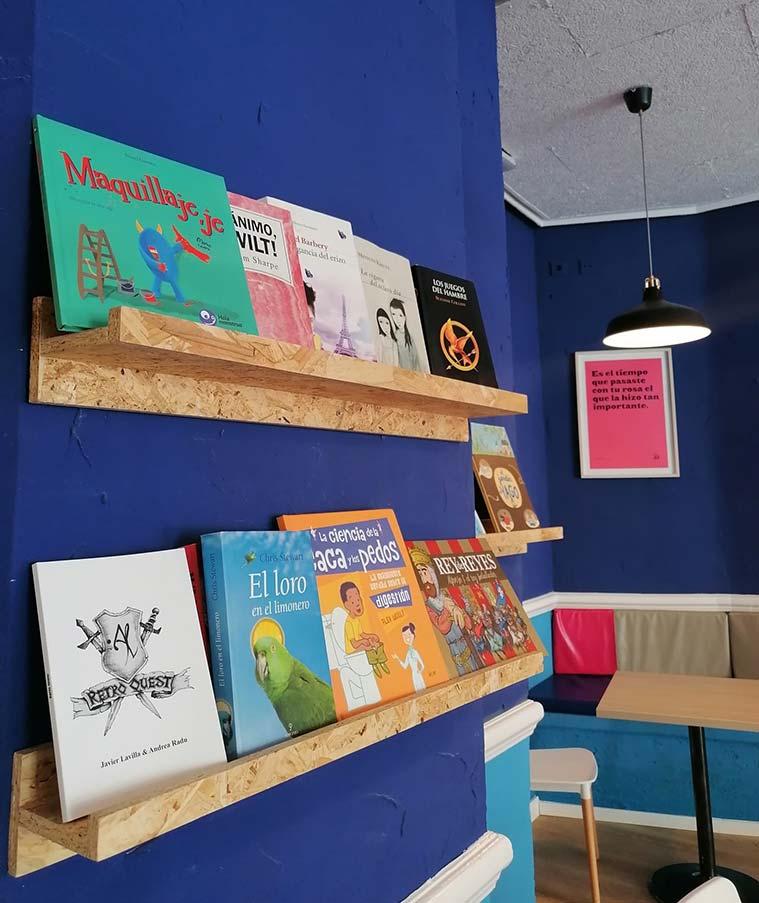 libros infantiles en el didola cafe