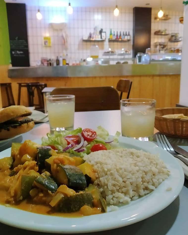 plato del dia en el Bar Cafeteria Vegana La Piparra