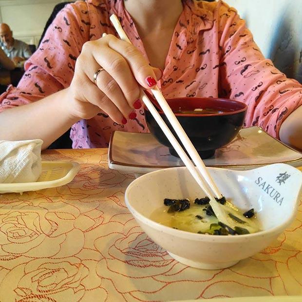 sopa miso restaurante sakura calle luis vives zaragoza