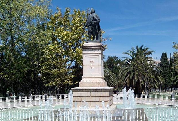 Monumento a Pignatelli