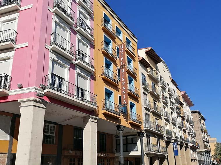 arquitectura de los edificios de la Avenida Cesar Agusto