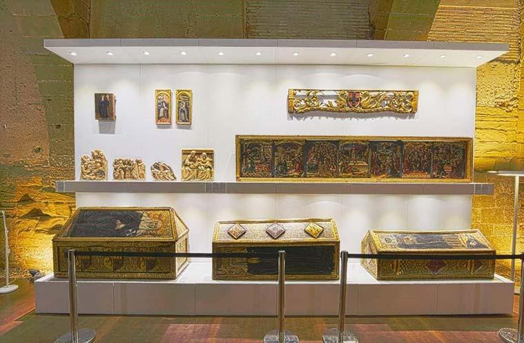 imagenes de los bienes recuperados del Monasterio de Sigena