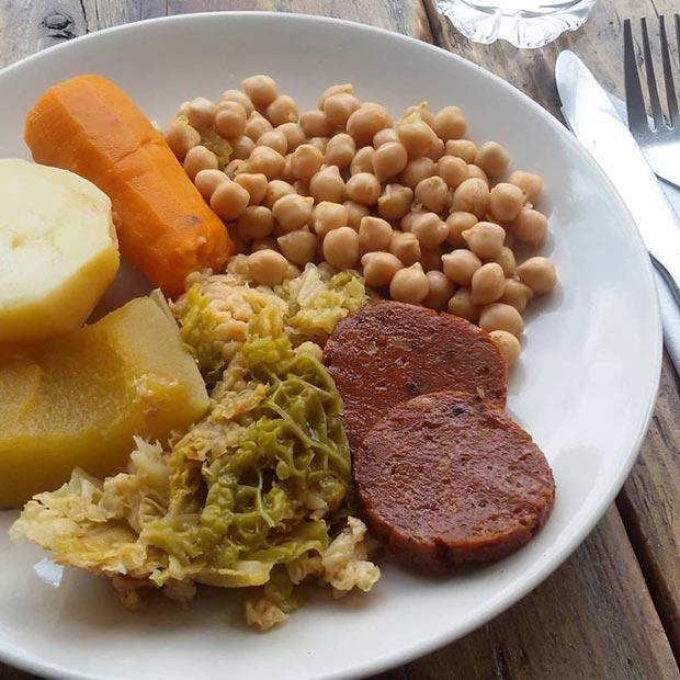 la piparra cocido madrileno vegano