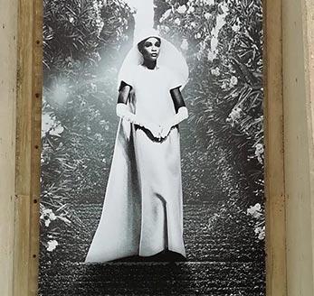 """Exposición """"El Siglo de Balenciaga"""" en el IAACC Pablo Serrano"""