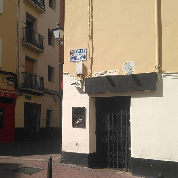 Calle de Pabostre (la calle del Pabostre es la actual Manuela Sancho, heroína que fue herida en la defensa de dicha calle)