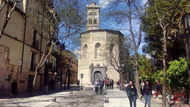 Iglesia y torre de la Magdalena