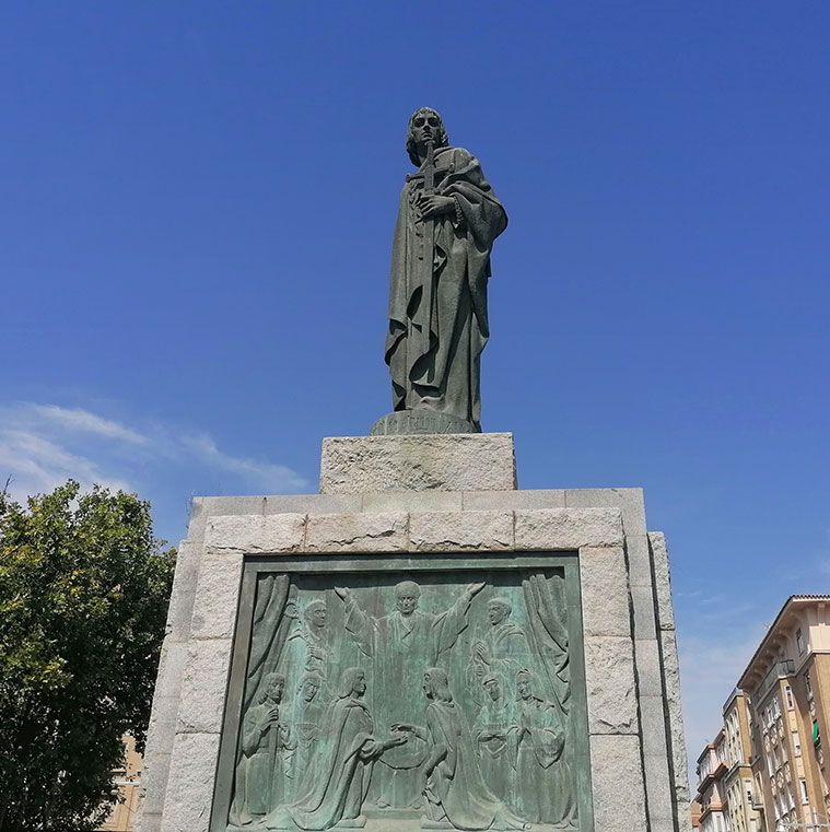 Monumento al Rey Fernando el Católico