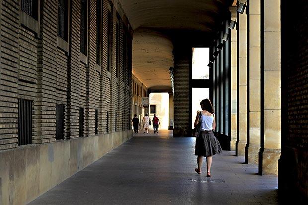 arcadas de la plaza del pilar de zaragoza