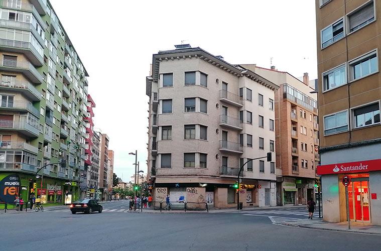 Confluencia de la Avenida San José con las calles Miguel Servet, Reina Fabiola y Compromiso de Caspe