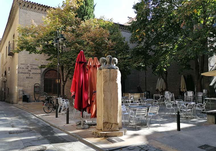 plaza de santa marta en zaragoza