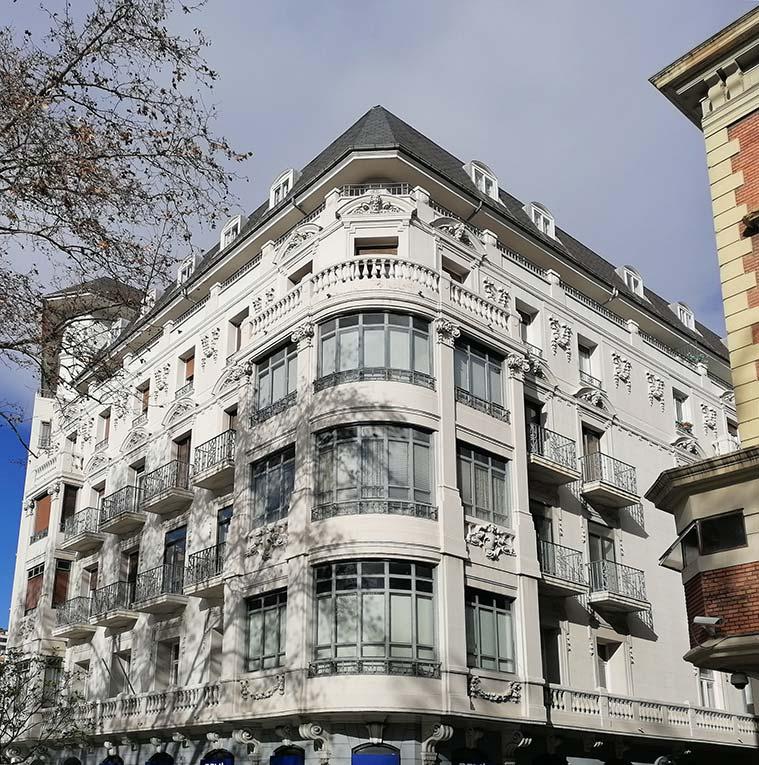 Edificio Gallardo en el Paseo de Pamplona de Zaragoza