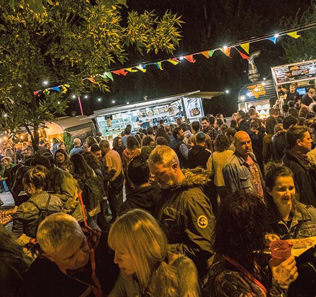 Noche de Pilares en el Ebro Food el Festival la Food Trucks de Zaragoza